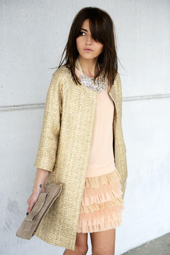 lovely pepa blog mode gold tweed ruffles coral pink dress bib necklace