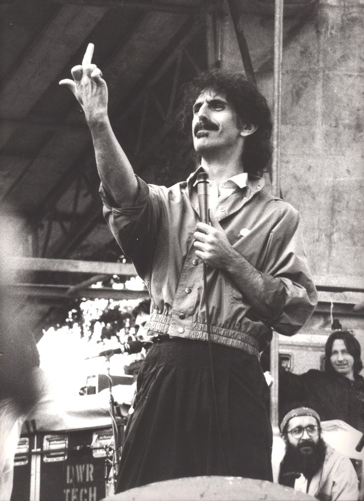 Frank Zappa - 1982 Würzburg   https://www.pinterest.com/pin/332562753707695994/