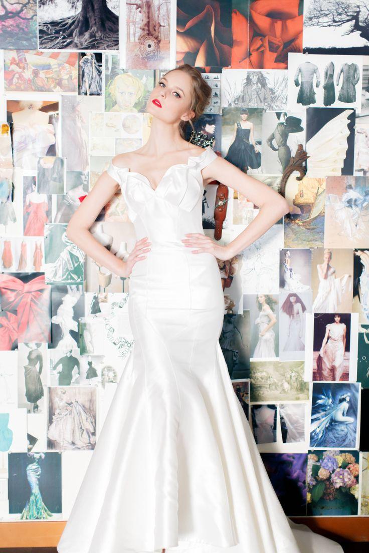 White Lotus gown from Vivian Luk's White Collection #vivianluk #vivianlukatelier #white #bridal