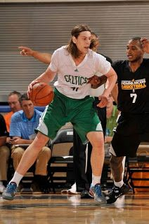 Kelly Olynyk: PF/C with PG/QB experience. The Boston Globe's Baxter Holmes wrote a great story profiling the Celtics first round draft pick in this morning's paper. http://sulia.com/channel/boston-celtics/f/a29ea378a890dc4e7e6b2b9d5e6c42fd/?pinner=121595233