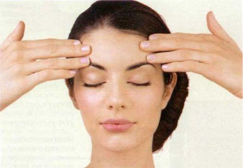 Tiene múltiples beneficios. No dudes en conocer las ventajas del drenaje linfático facial en este artículo.