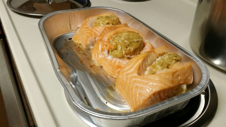 how to cook stuffed salmon in oven