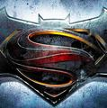#DawnOfJustice  La esperada película Batman vs Superman, que está dirigiendo Zack Snyder, ya tiene por fin título oficial: Dawn of Justice. La continuación de Man of Steel no tenía hasta ahora nombre completo. Los estudios Warner Bros.    http://www.