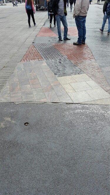 Combinatie van verschillende stenen bij elkaar,  Rotterdam