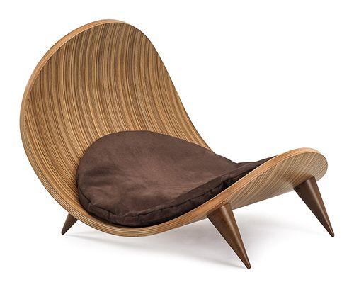 Superfine dog bed by Italian designer Paolo De Anna