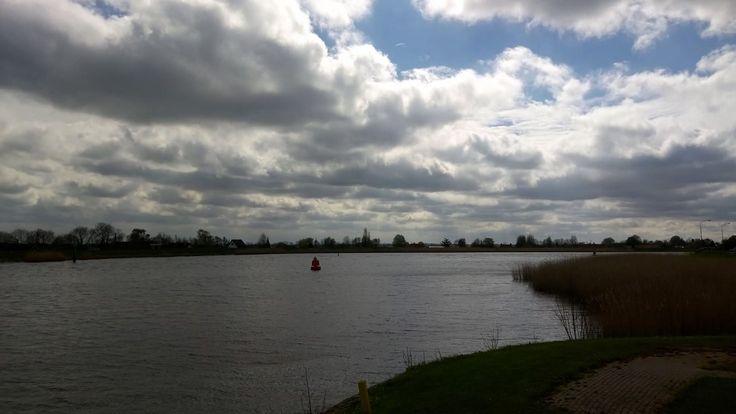 Hollandsche IJssel in Moordrecht  - foto Alie Hoogenboezem-de Vries