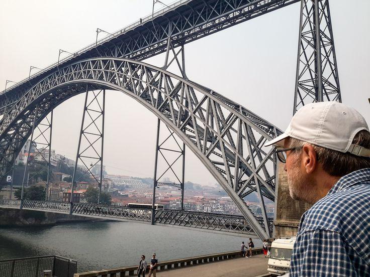 The squire admiring the amazing Porto bridge