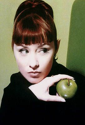 Suzanne Vega - I love this picture of her!