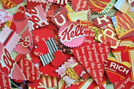 upcycle food packages to make holiday garlands!  Who knew ziploc had such fun ideas on their website?!