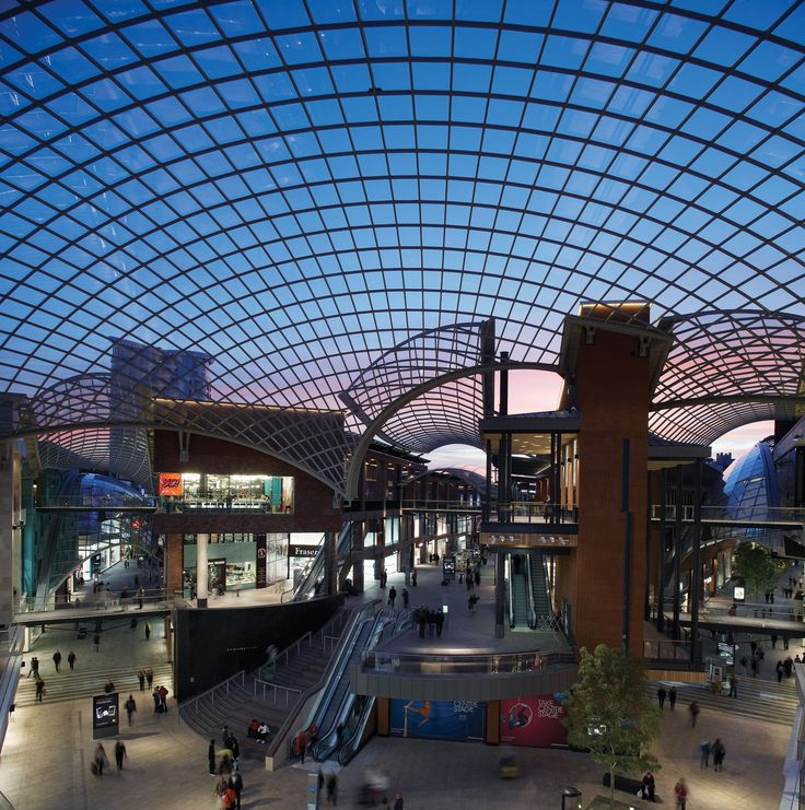Cabot Circus, Bristol This retail-led, urban regeneration scheme  in Bristol is a landmark development.  Opened in September 2008, it features world  class retail and leisure facilities as well as an  extensive residential component.