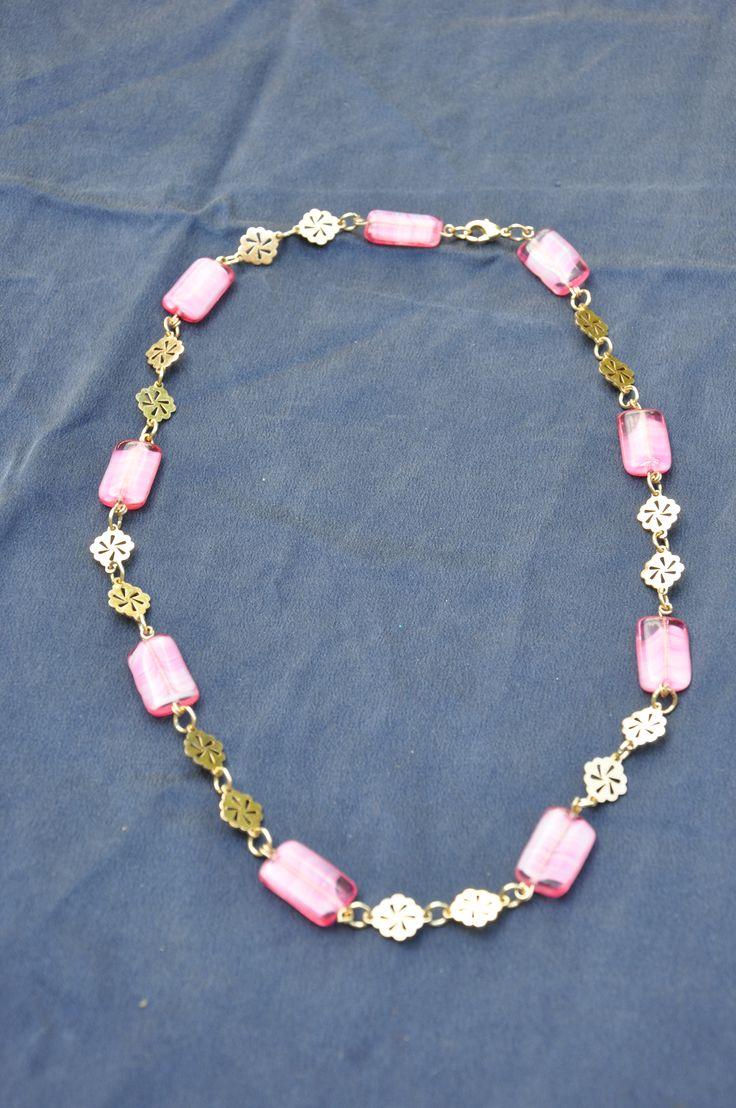 RV-2015-015, halsketting in goudkleur en roos Venetiaans glas, 10 euro (+ verzendingskosten)