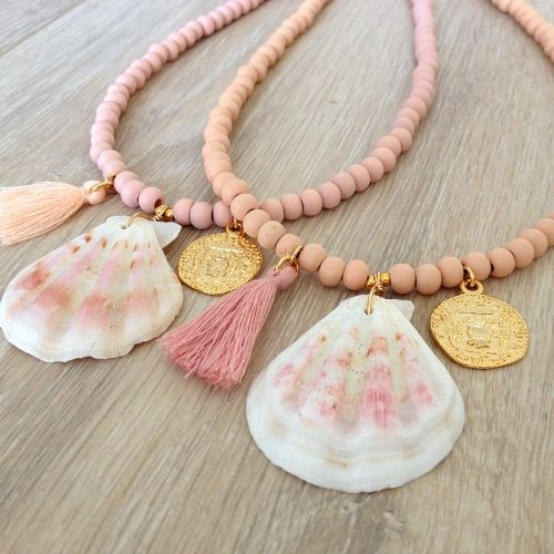 Necklace wood beads and shell - Mint15 | www.mint15.nl