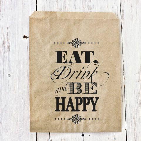 """COMPRA AQUÍ: www.globosdeluz.com / Bodas rústicas / Eventos rústicos / Ideas originales para bodas / Decoraciones bodas / Rustic weddings / Bolsitas Kraft para recuerdos / """"Eat, Drink and Be Happy"""""""