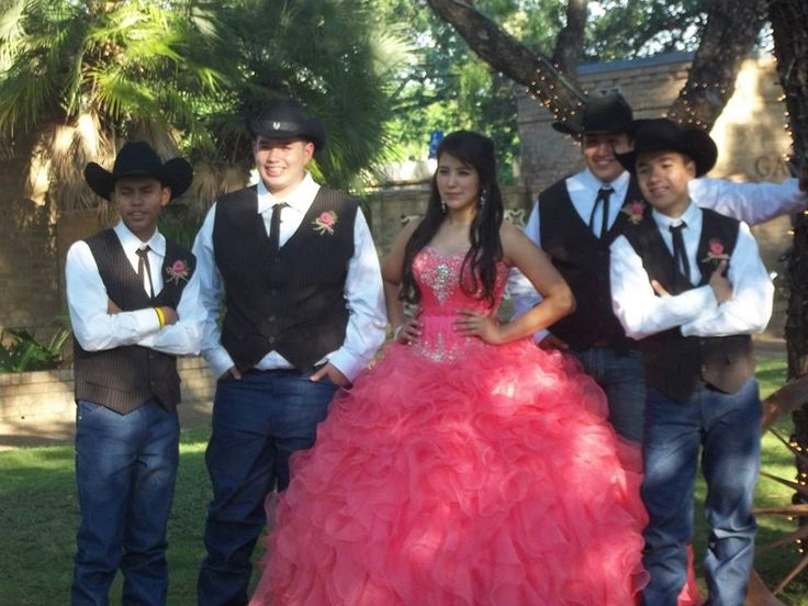 15 Anos Dresses From Mexico: 1000+ Images About Quinceanera On Pinterest
