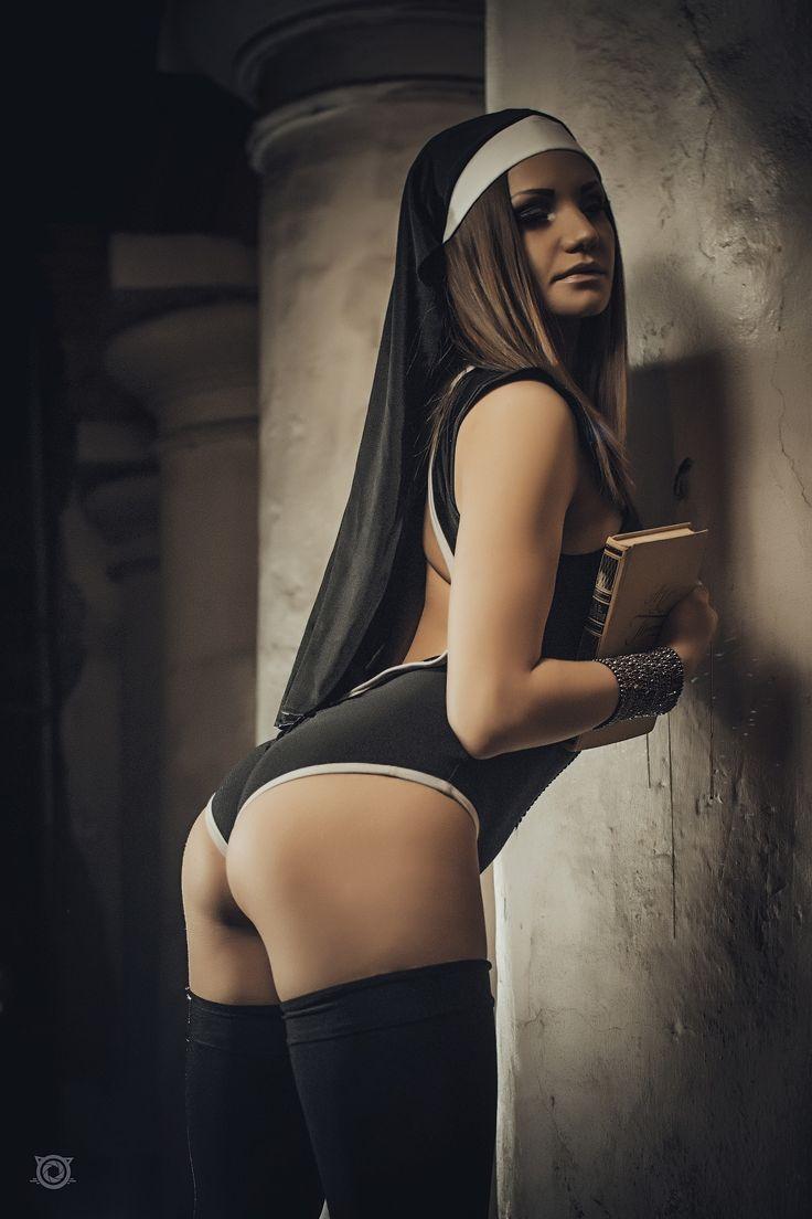 Полнометражные порно монашки