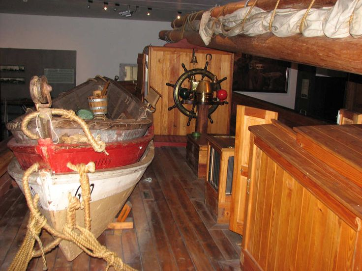 Maritiem museum in Ílhavo: over Portugese kabeljauwvangst, bekijk de reconstructie van een schip uit begin 20e eeuw, traditionele boten die zeewier, zout vervoerden. Er is ook een zeeaquarium. #Portugal #kabeljauw #museum