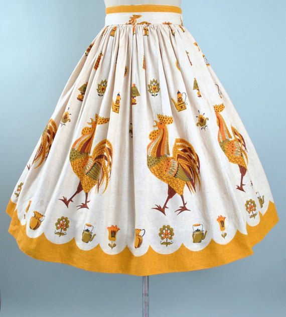 1950s ROOSTER CHICKEN Country Floral Tea Pot Cotton Full Circle Skirt