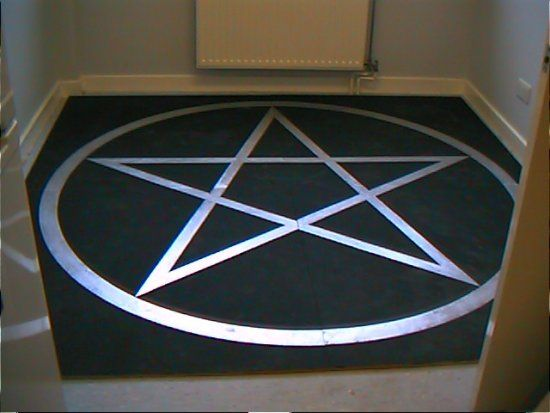 How To Draw The Perfect Pentagram