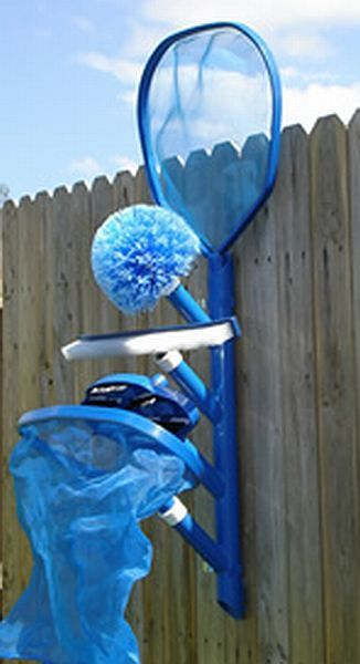 Pool caddy - could totally make this with pvc pipes and wood. would need metal clamps on side to hold the pole