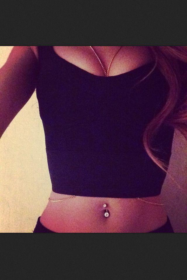 Belly piercing