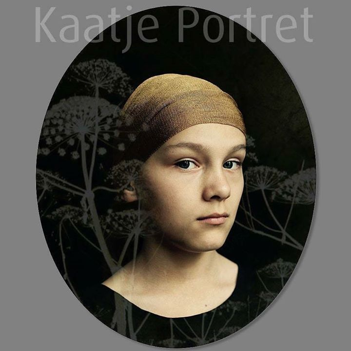 Portrait of the day! #portait #portraitart #portraitphotography #portraitoftheday #portret #portretfotografie #classicportrait #photography #photographer #fotografie #oldskool #photoart #kaatjeportret #classic #old #ellips #round #artwork #artistoninstagram #kunst #kunstportret #fotokunst http://ift.tt/2vj8Uxg