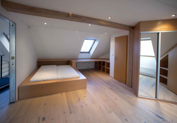 Custom furniture to bedroom, we have produced in combination with solid wood and veneer. Ložnice na míru. Nábytek na míru.