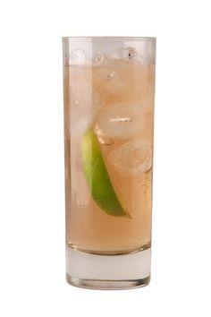 Chilcano: Pisco, ginger ale, lime