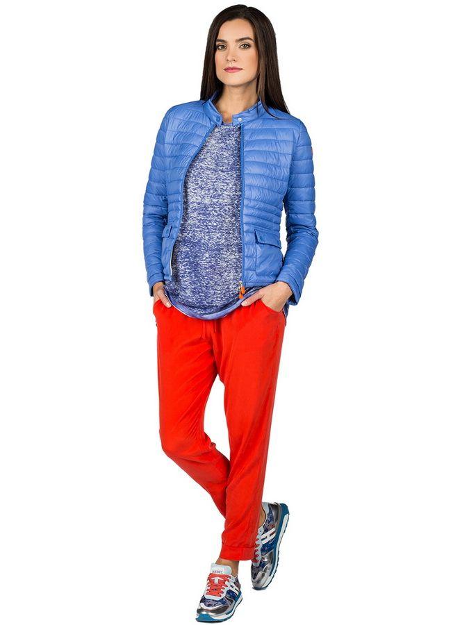 Красный цвет в повседневном весеннем гардеробе