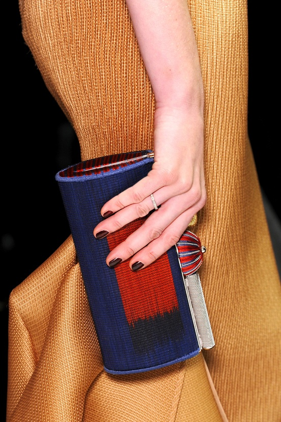 Detailed look at the Giorgio Armani Privé Spring/Summer 2013 Collection