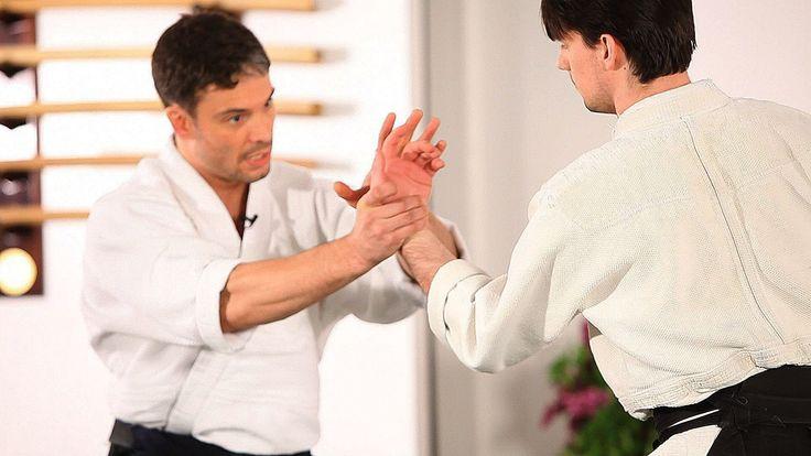 How to Do Kotegaeshi   Aikido Lessons 反手摔