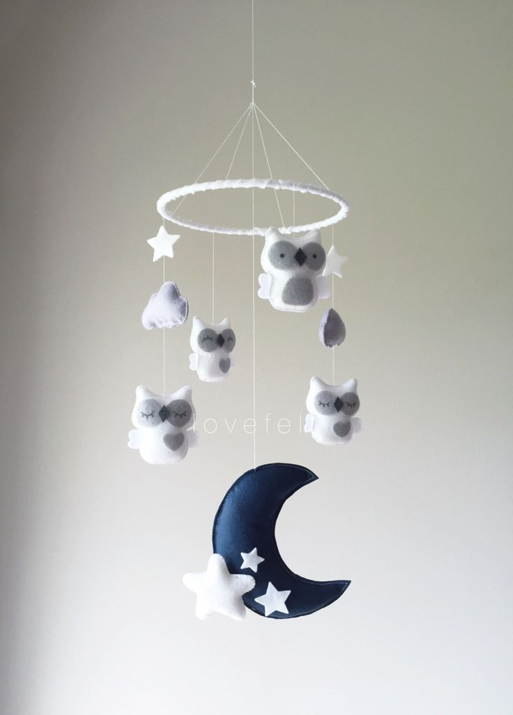 Baby Mobile - Owl mobile - white and gray mobile - baby mobile owl - mobile owls - neutral mobile by lovefeltmobiles on Etsy https://www.etsy.com/listing/459903296/baby-mobile-owl-mobile-white-and-gray