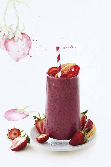 Mixed berry and grapefruit smoothie