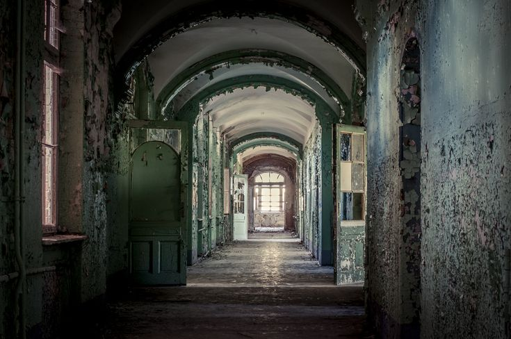 10 Creepiest Abandoned Places Around The World That Will Make Your Skin Crawl