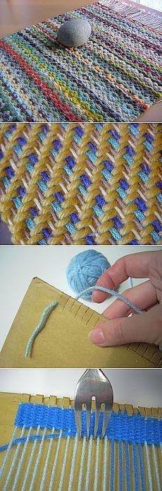 Как сделать ткацкий станок из вилки и картонки.