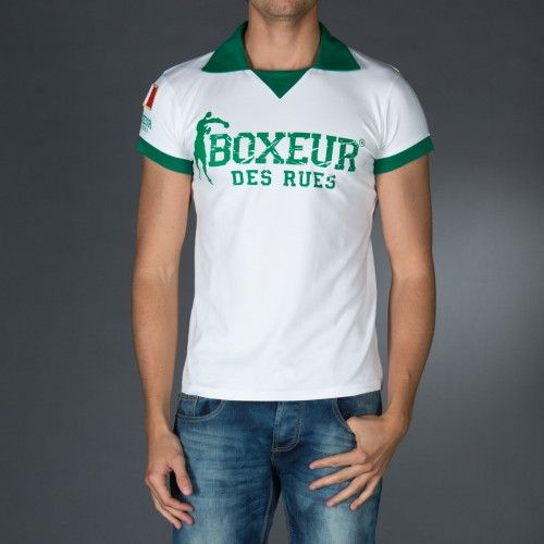 Cricket style polo t-shirt with big logo print on front and back.Application of an embroidered patch on right sleeve for personalization.  € 26.90