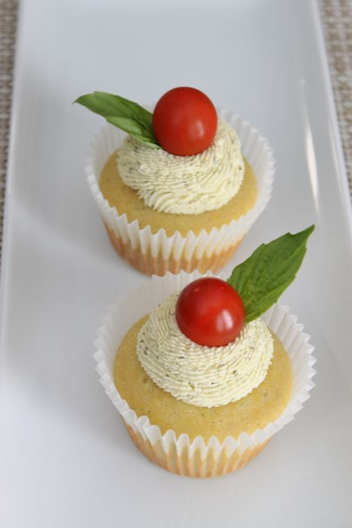 Basil Cupcakes from Mele Cotte via mykitchenaddiction.com