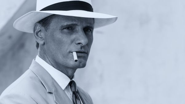 вигго мортенсен, актёр, портрет, сигарета, шляпа, чб