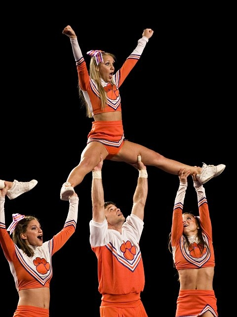 CHEER college cheerleader, cheerleading, stunts m.12.52 moved from @Kythoni Cheerleading: Collegiate board http://www.pinterest.com/kythoni/cheerleading-collegiate/ #KyFun