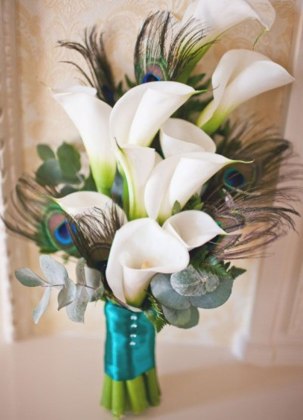 Love this peacock floral arrangement!Peacock Feathers, Bridal Bouquets, Peacocks Wedding, Wedding Bouquets, Calla Lilies, Calla Lilly, Floral Arrangements, Peacocks Feathers, Peacocks Theme