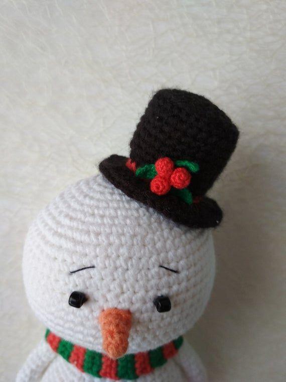 Free Pattern Amigurumi Snowman | 760x570
