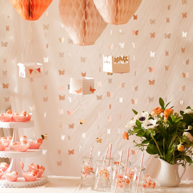 We love this beautiful Mother's Day brunch scene from blogger Flax&Twine. Get all of your @marthastewartcrafts supplies for your own brunch at @Michaels StoresBirthday Parties, Events, Parties Ideas, Hot Air Balloons, Diy, Fancy Mothers, Parties Decor, Baby Shower