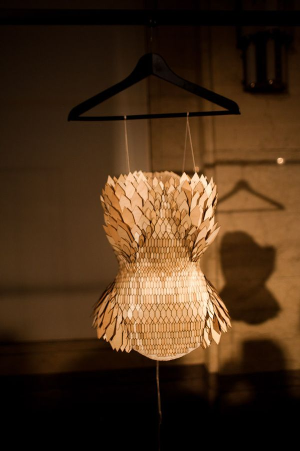 Biomimicry, MA Fashion 2011 by Stefanie Nieuwenhuyse, via Behance