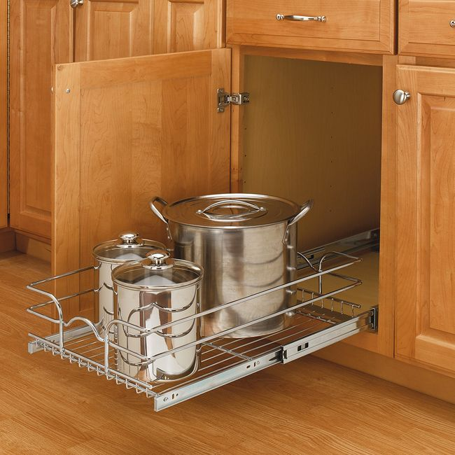 Rev-A-Shelf Medium Single Chrome Basket