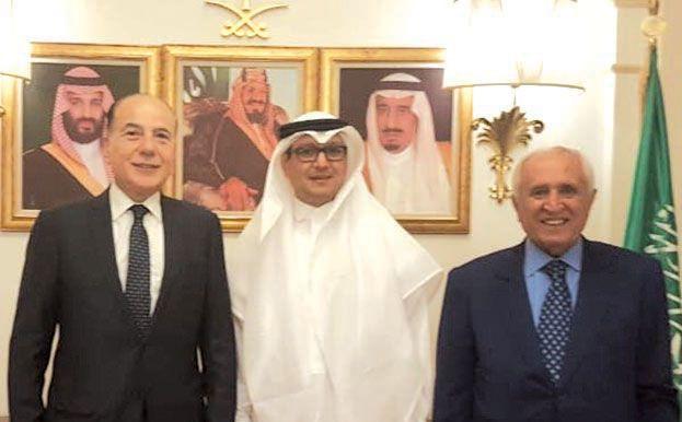 متى يتحول كلام السفير السعودي الى حقيقة 8230 دبوسي وأبو زكي في زيارة للسفارة السعودية بحث بنشاطات ومبادرات غرفة طرابلس 8230 Nun Dress Fashion Dresses