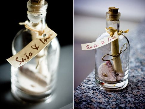 şişe görünümlü farklı düğün davetiyesi