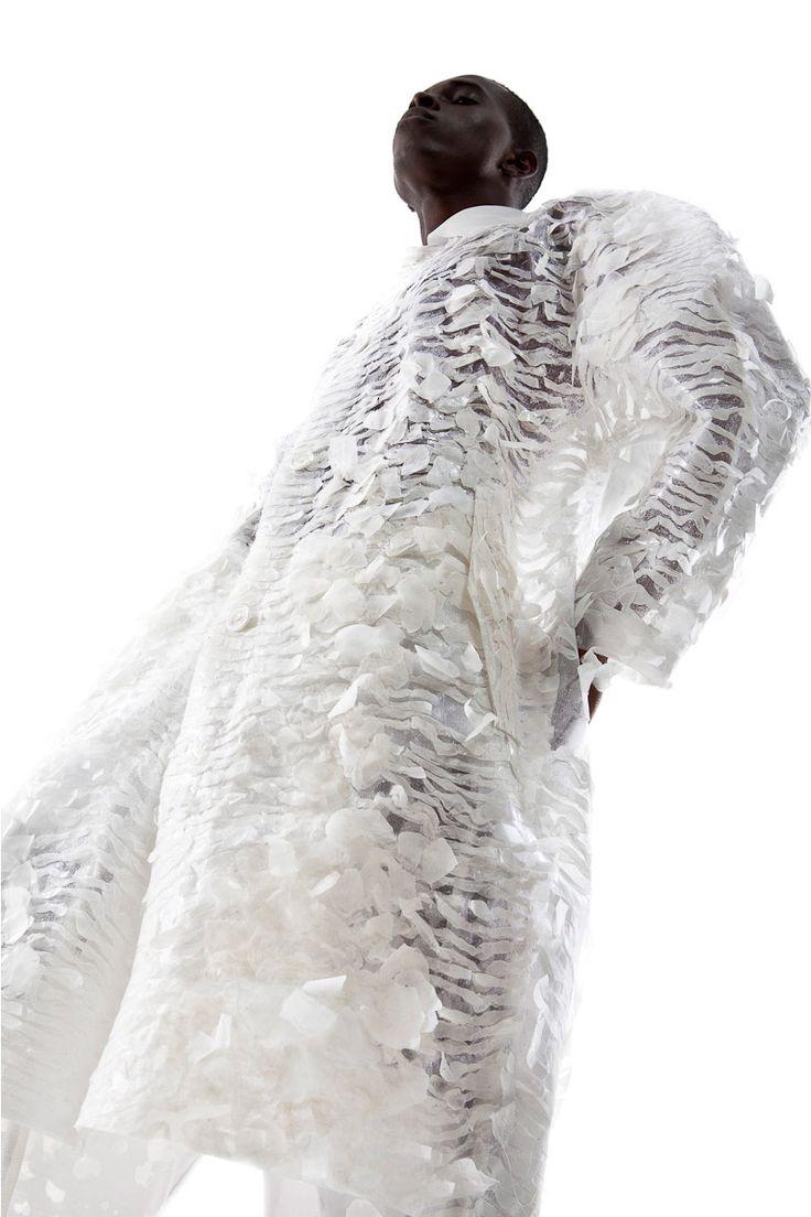 Ka Wa Key unveiled his Spring/Summer 2016 lookbook, featuring Danil, Liren Shih and Yannick Konan at Major Models Paris photographed by Rainer Torrado. Creative Assistant: Thoaï Niradeth Hair and Make-up: Elika Bavar