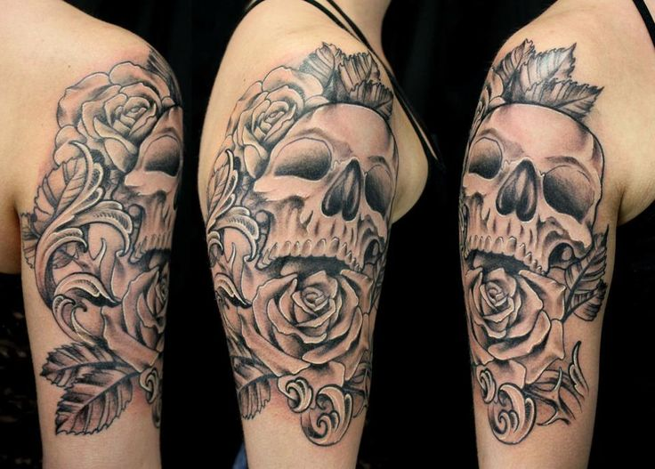 Skull and Rose tattoo by Boeden Alfonso. For more of my work follow me on Instagram @boedenalfonso http://www.facebook.com/tattoosbyboeden