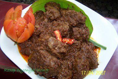 resepmakanan-id.com - Resep Rendang Padang Daging Kering Enak namun sederhana. sapi memang cocok dibuat masakan ini cara membuat yg kering & hitam