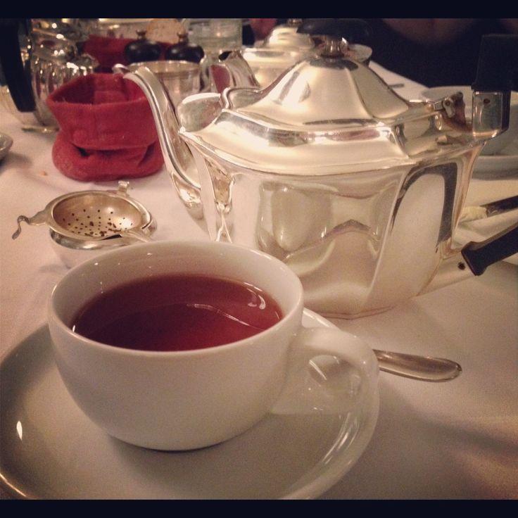 Darjeeling tea at Les Deux Salons
