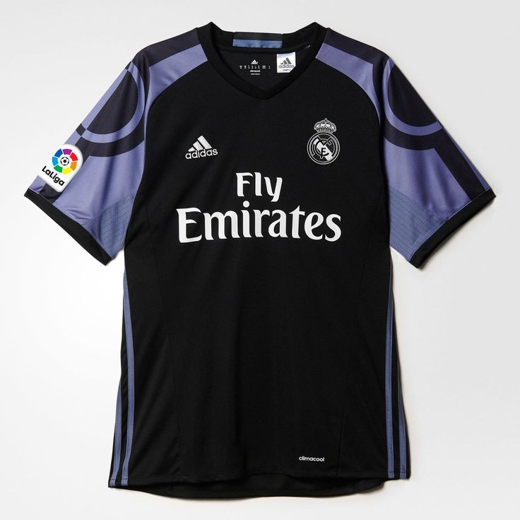 Maglia Real Madrid Bale Home The new Real Madrid 16-17 third kit boasts an  interesting design in black and Amazon.com ... ea8cbce7c
